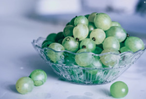 Grapes on a bowl